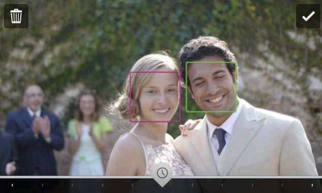 Fitur Timeshift akan mengenali wajah wajah yang ada di foto