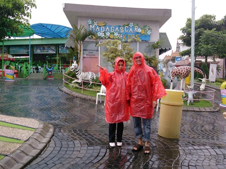 Walaupun hujan tetap cemungudh!