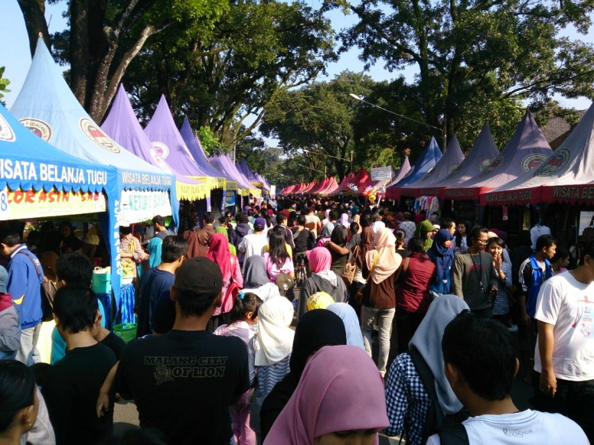 Suasana Pasar Minggu