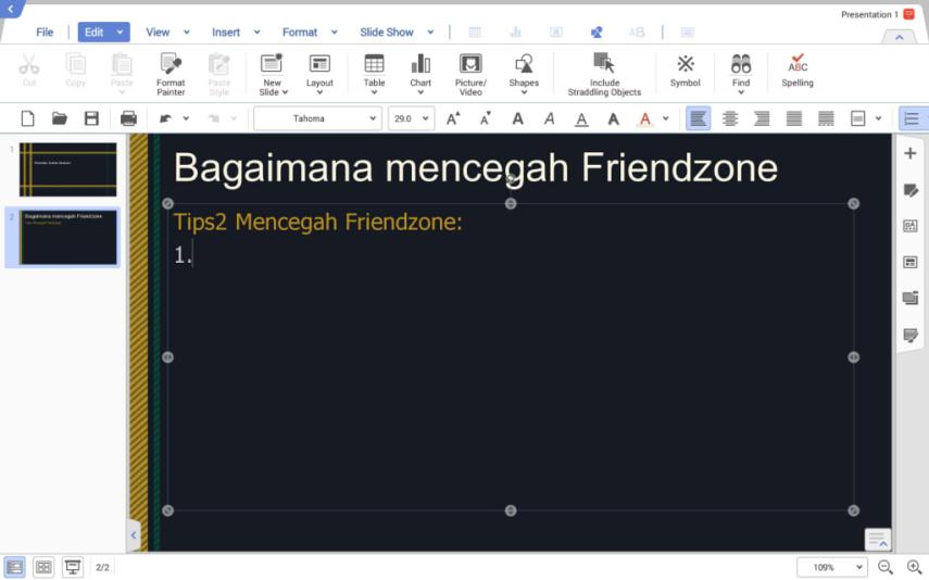 Tampilan Hancom Show yang kompatibel dengan PowerPoint. Perhatikan layout menu yang sangat mirip dengan PowerPoint