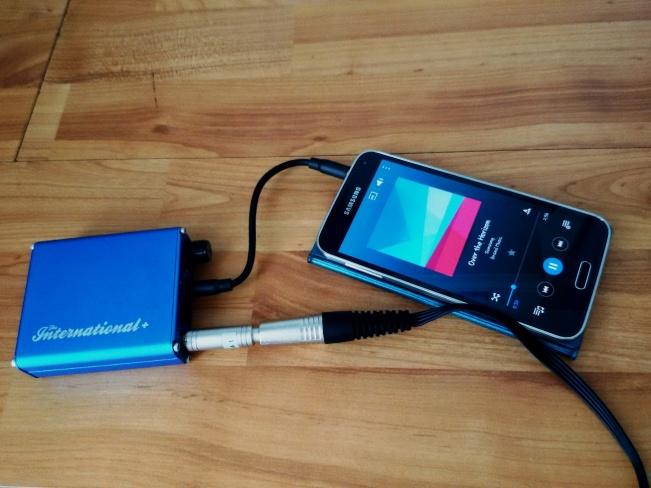 Amplifier portable. Gak tau deh istilah benernya apaan....